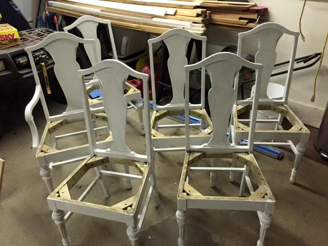 chairs primed